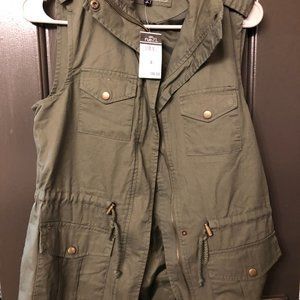 Rue21 Vest NEW WITH TAGS